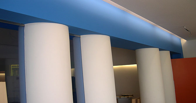 C mo decorar columnas - Decorar columnas salon ...